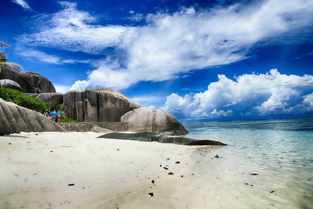sychellen-la-digue-beach-bild-1